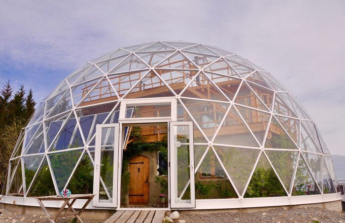 Къща под купола: дома на Полярния кръг, където винаги е топло
