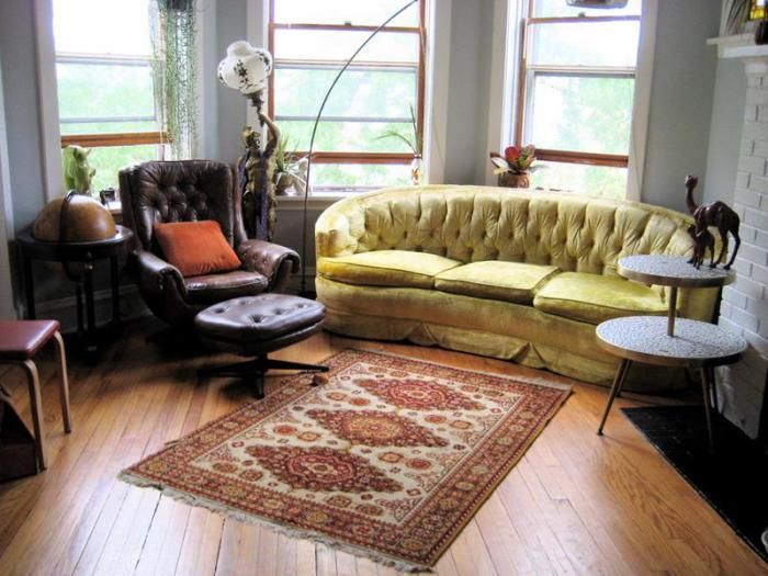 Using complementary pieces of furniture accessories can add a rustic interior in a small living room.