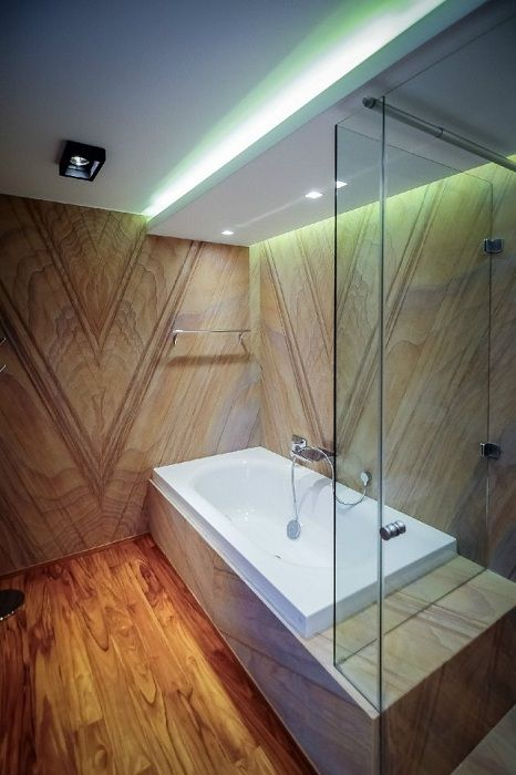 The successful solution of design the interior of a bathroom in the tree, which will create additional comfort and convenience.