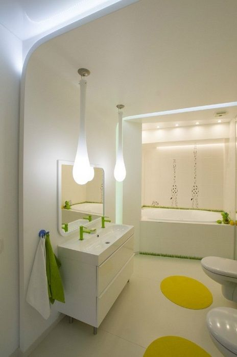 Decoration bathroom in white with bright elements that inspire.