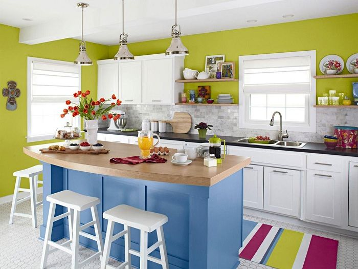 The best example of design the interior of the kitchen in bright colors that would be a godsend.
