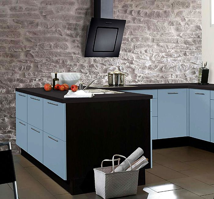 Kitchen design in soft shades of blue.