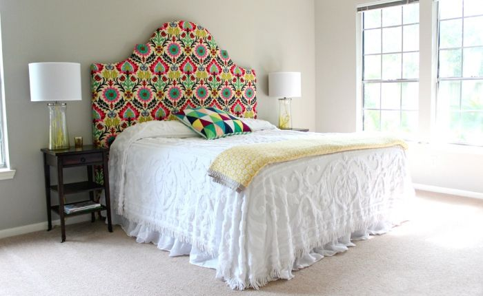 The headboard is easy to make with their own hands.