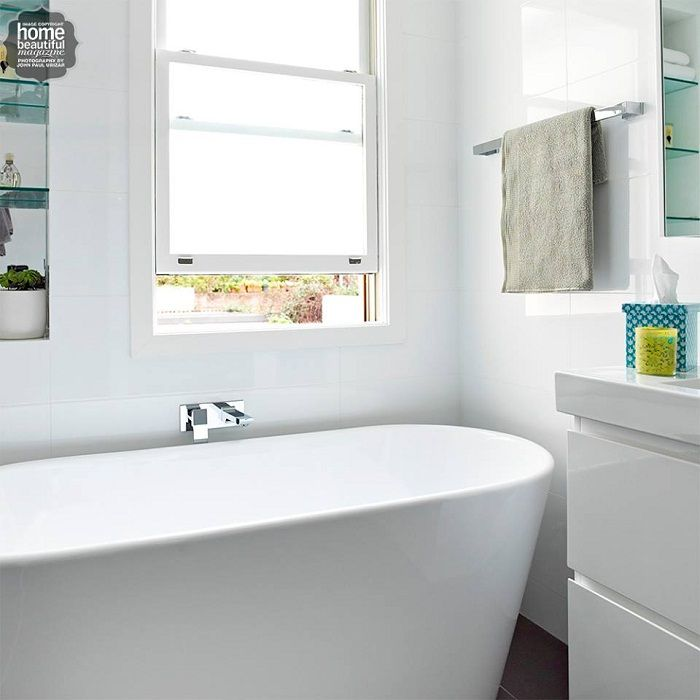 Bright bathroom decor that will enchant and inspire its ease and simplicity.