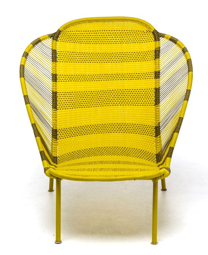 Dacha outdoor furniture: a bright yellow chair-couch - Photo 2
