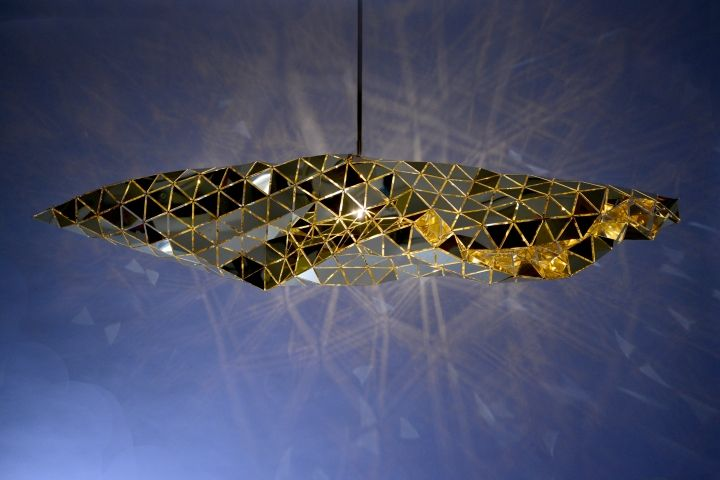 Designer lamps in golden color - Picture 1