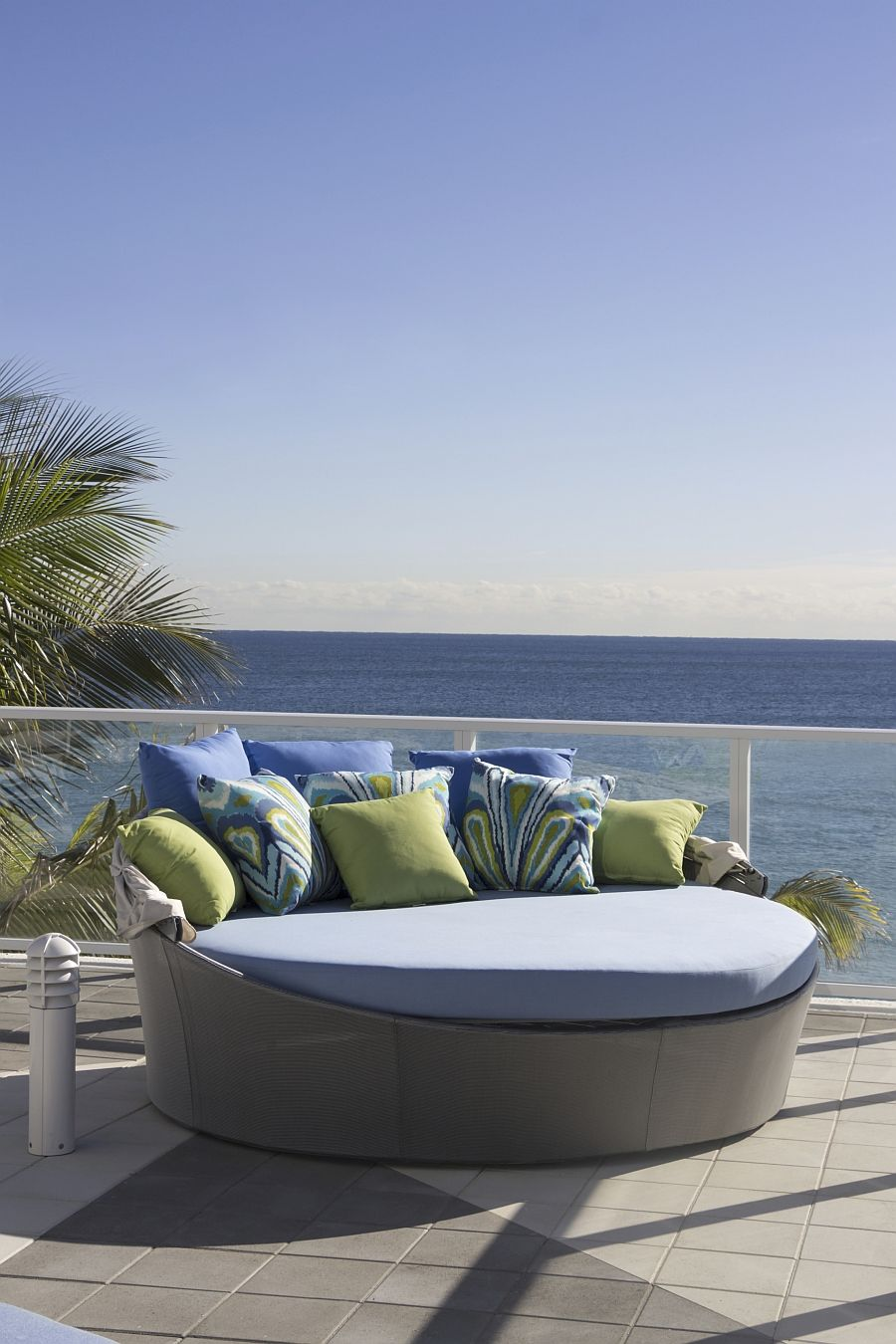 Aqua-couch from Source Outdoor terrace