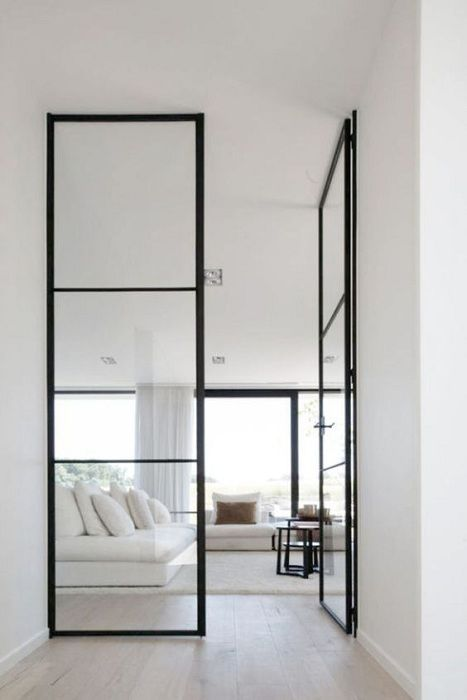 The partition in the form of glass doors that serve as the best solution for the interior.
