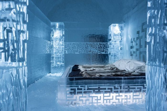 Icehotel 365. Icy bed.