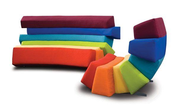 Концептуален дизайн на дъга: многоцветна гъвкавост на корпусна мебел от Любо Mayer