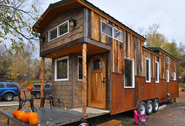 Mobile house area of ​​38 square meters. meters.