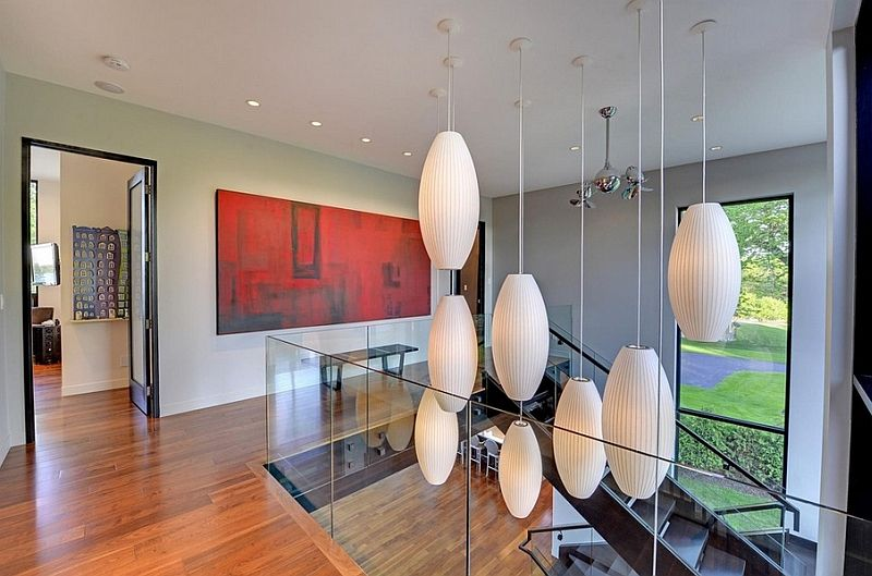 Pendant lights in the interior