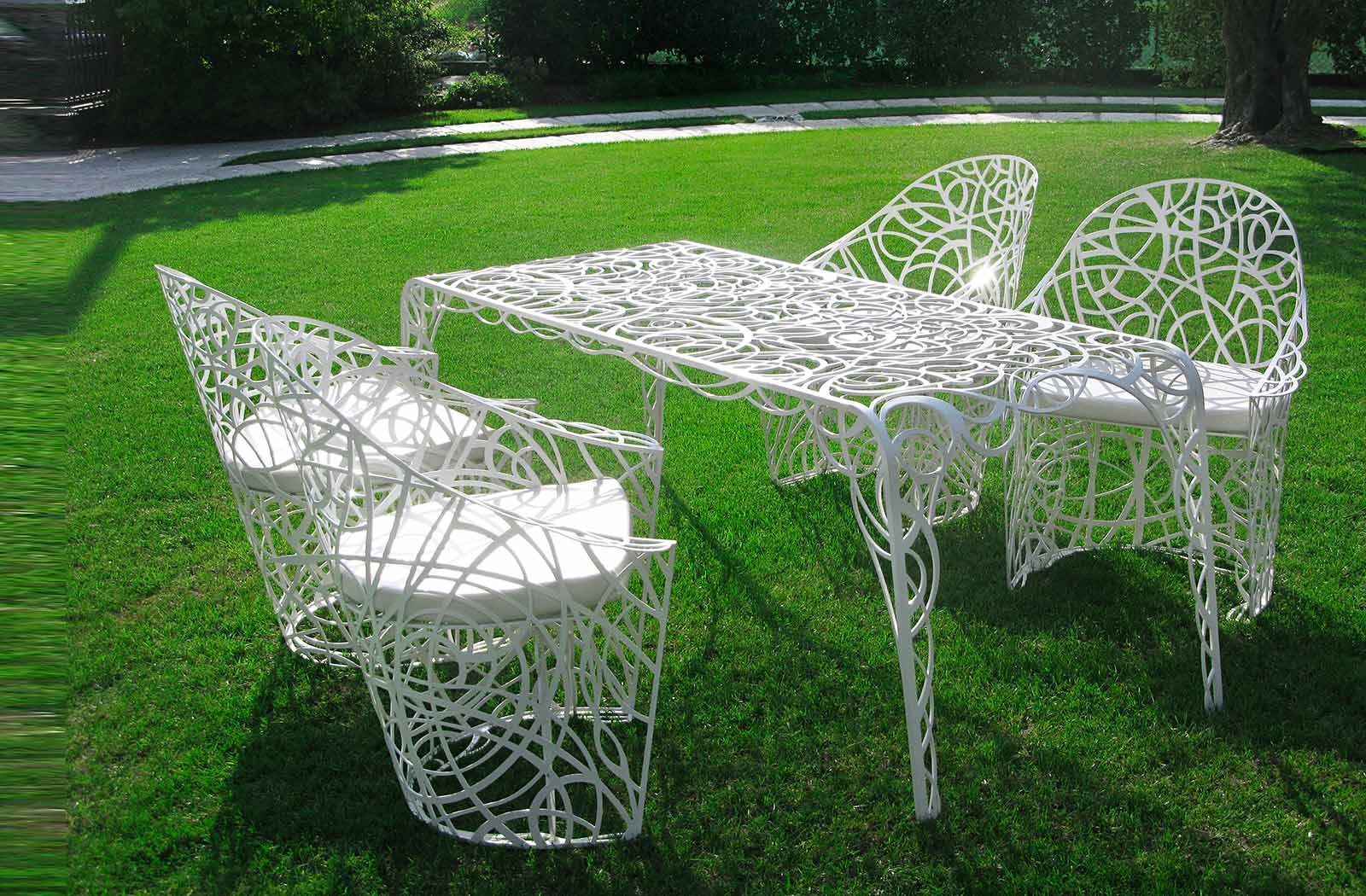 Lovely table and chairs on the grass