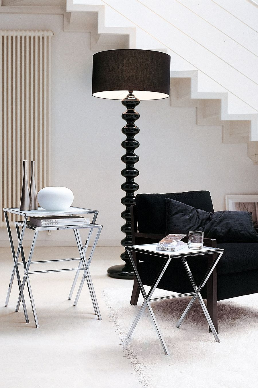 Modern black floor lamp in the living room