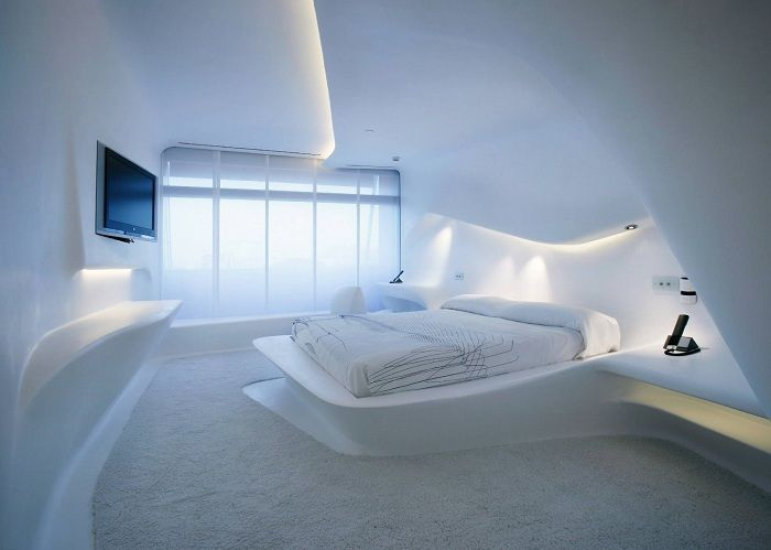 Fuzzy geometry and bright spaces of the bedroom.