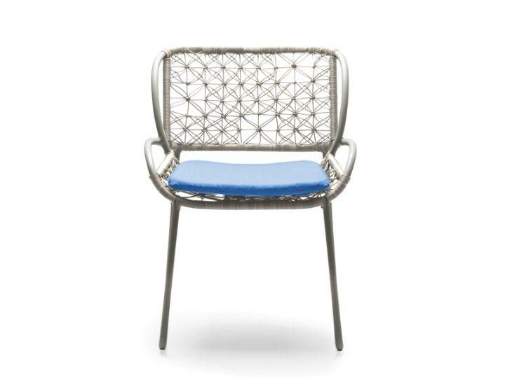 Нова колекция от стилни мебели от Adesso Федерика Капитани за компанията Кенет Cobonpue