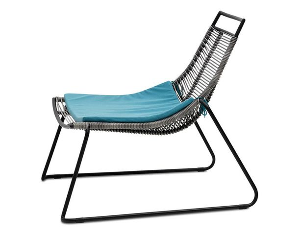 The original chair chaise longue for the garden