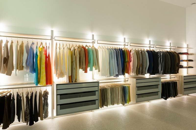 Design wardrobe with lighting organization