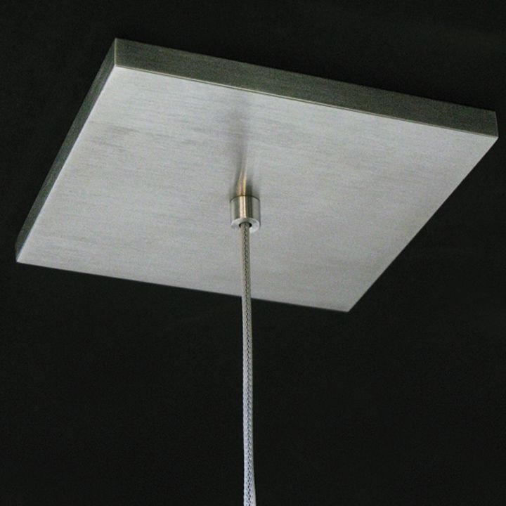 Ceiling mount lamp from Levis Cerno