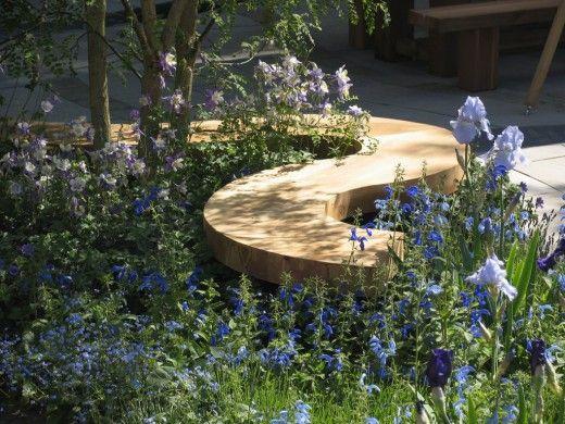 Пейки за паркове и градини с необичаен дизайн и форма