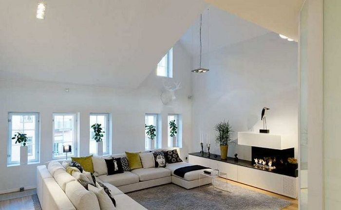Create the living room under the attic, perhaps one of the best options when decorating the house.