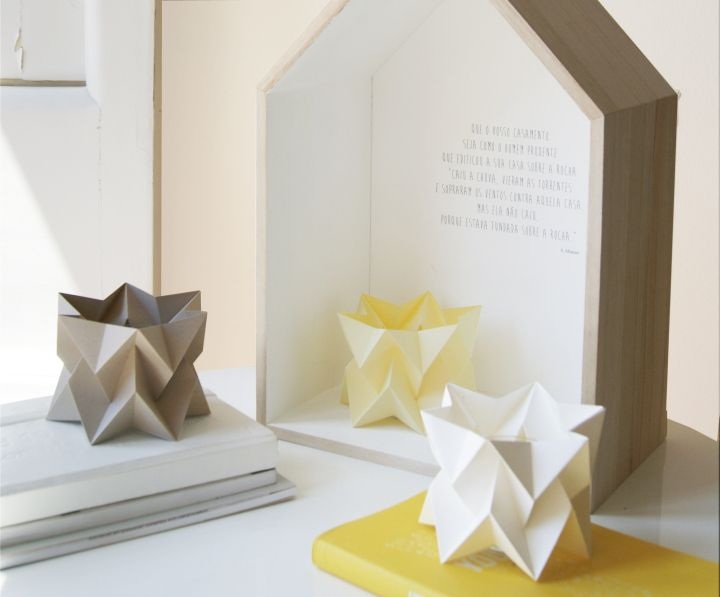 Unusual miniature paper lamps Orikomi