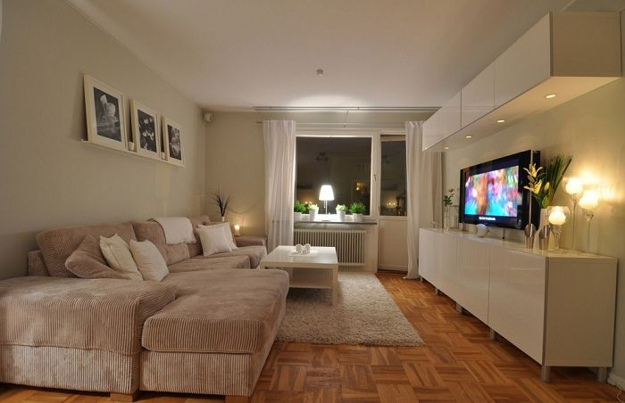 Convenient location in front of TV - the best option for your holiday.