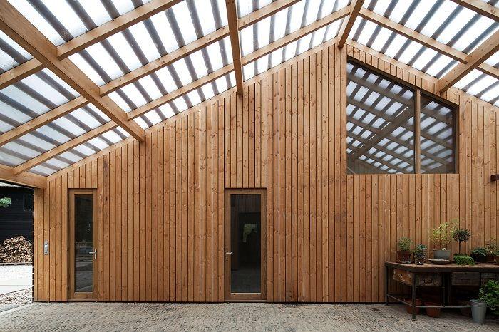 Втори шанс за старите сгради: къща, преустроена плевня