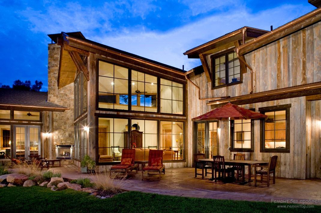Красива къща - Фасада на дървена къща