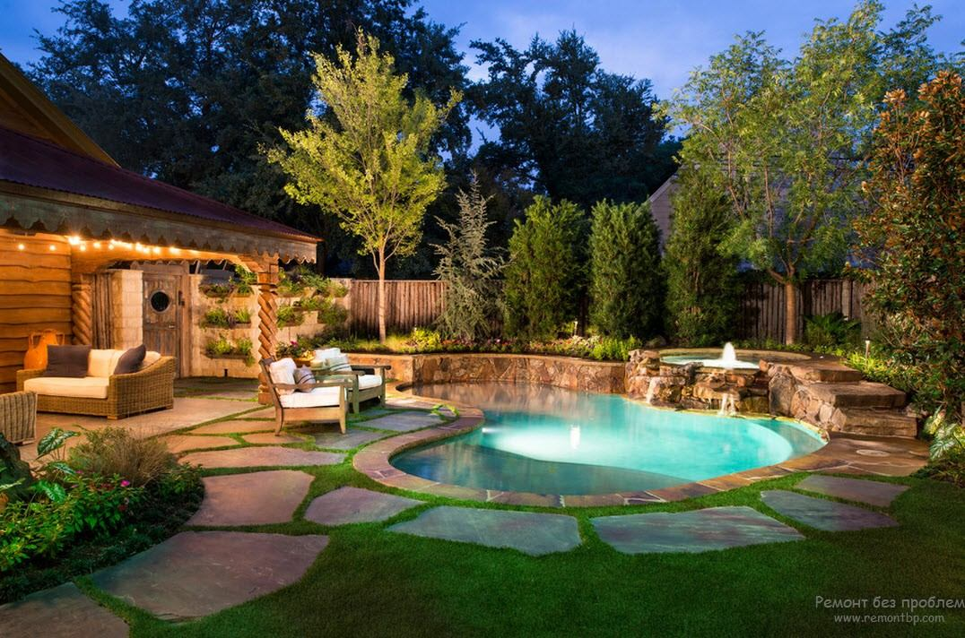 Extraordinarily beautiful design of a small pool located near the house