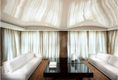 Натяжные потолки: фото для зала — шикарные возможности для украшения современной гостиной